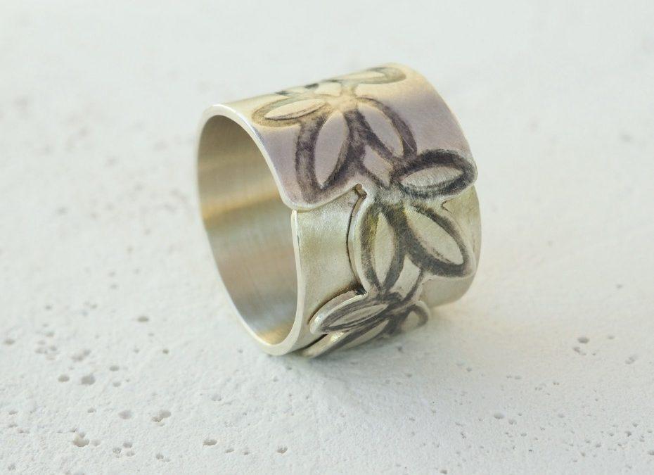 Ring Blätter